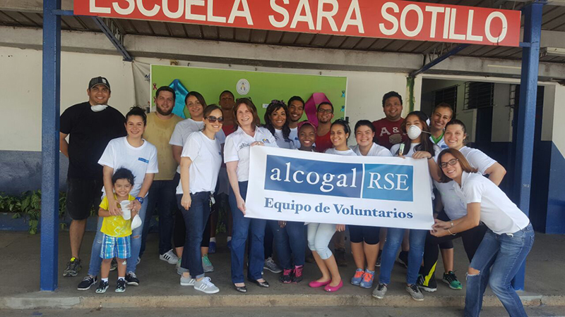Alcogal volunteer activity