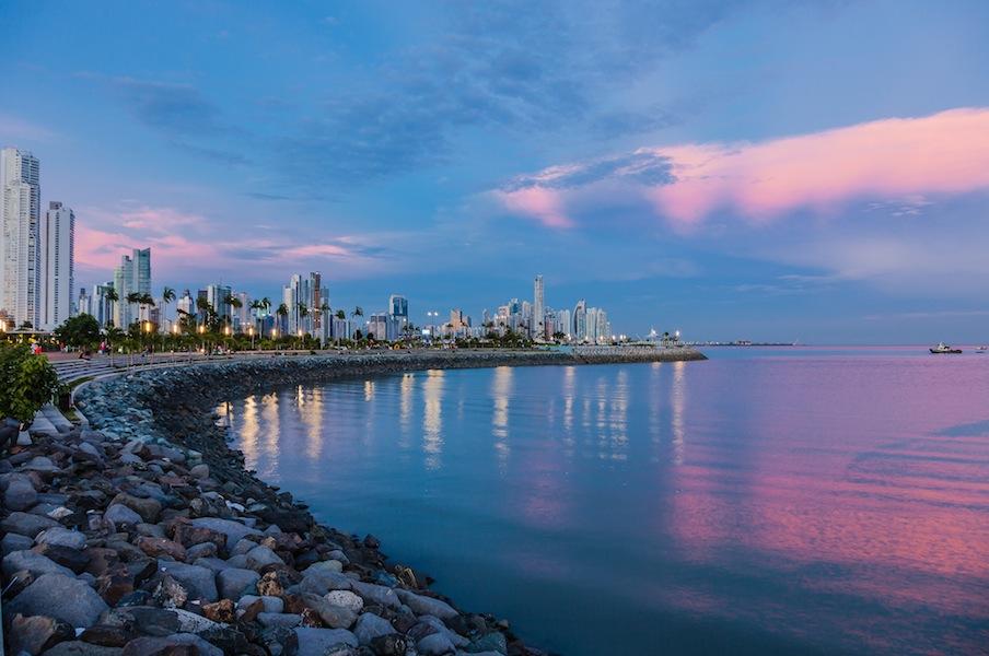 Corporate Law Firm Panama - Firma de abogados corporativos en Panamá