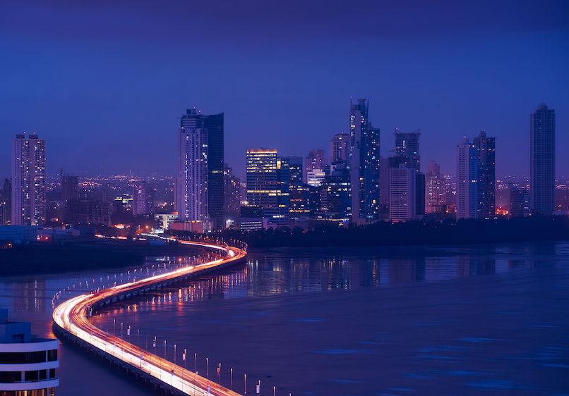 firma de abogados de Fusiones y Adquisiciones en Panamá - Corporate and M&A law firm in Panama