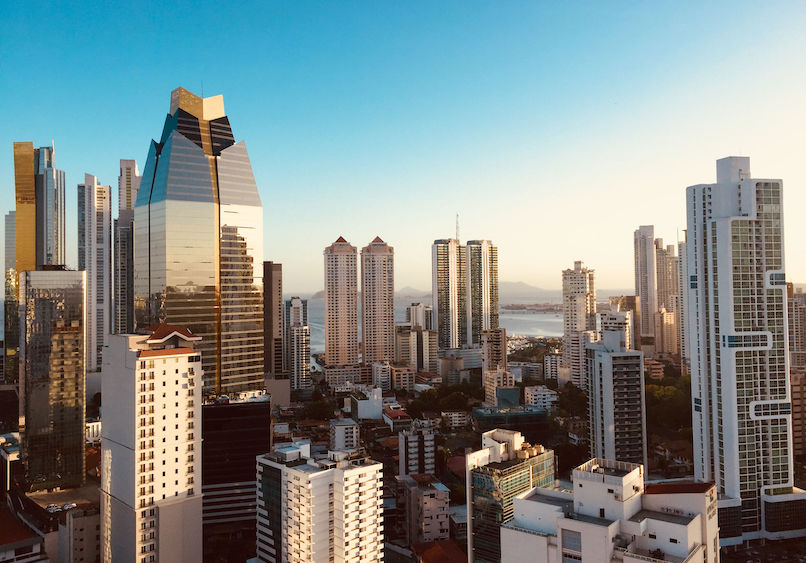 real estate lawyers in Panama - abogados de bienes raíces y banca en Panamá